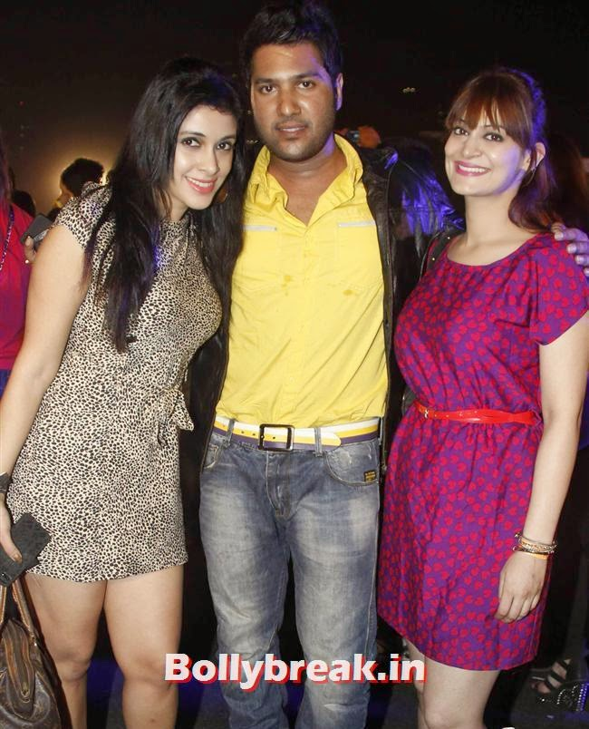 Mansi, Annkit Narayan And Candy Brar, Page 3 Babes at Sunburn Arena DJ AVICII Concert