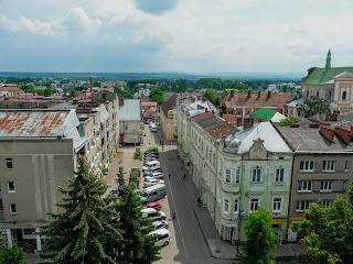 Самбір. Вигляд на вул. Богдана хмельницького з годинникової вежі
