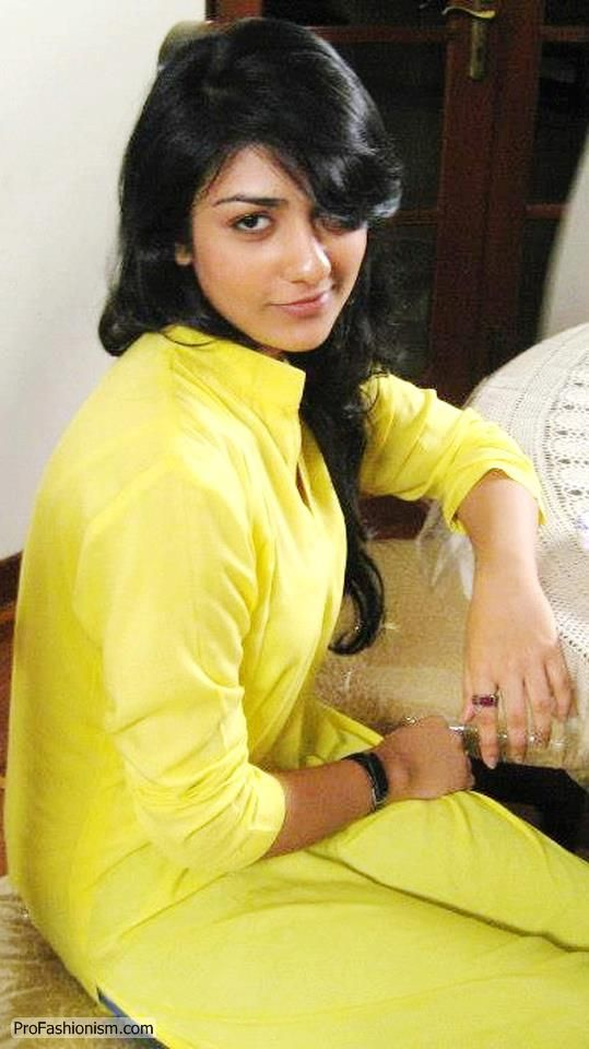 Sarah Khan Pictures (Model, Singer, Actress, VJ) 14 - 20