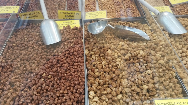roasted nuts at La Salute