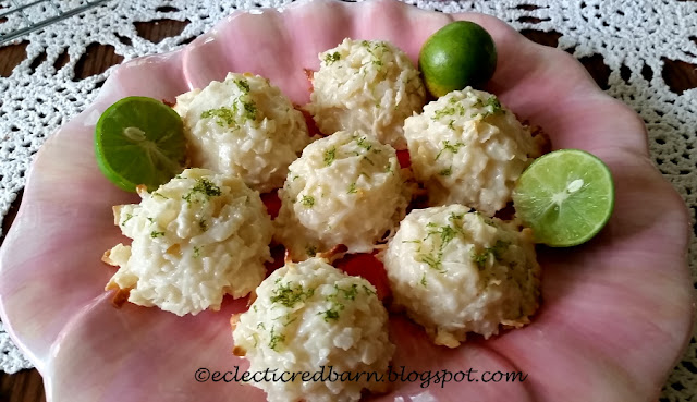 Macaroons made with key limes