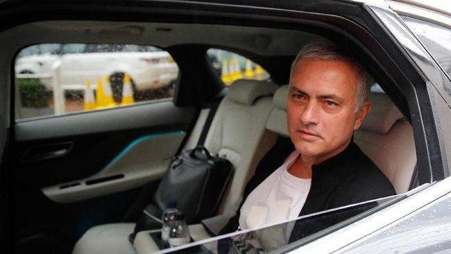 Pelatih Manchester United Mourinho Dipecat Dan Sekarang Menjadi Komentator Piala Asia 2019