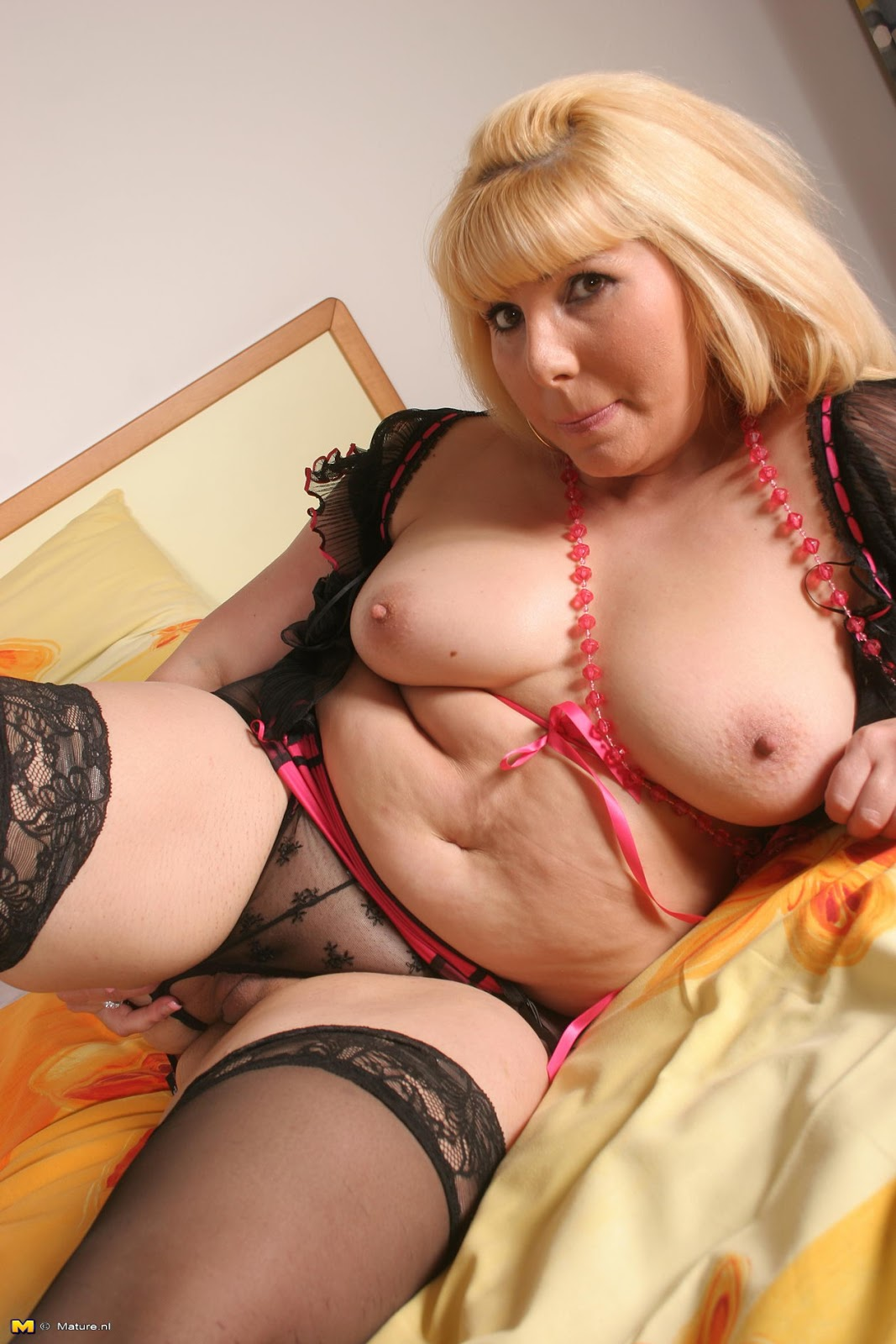Thick mother in law is horny - 2 part 5