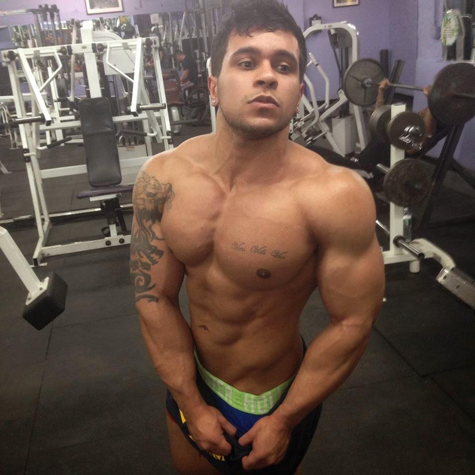 Daily Bodybuilding Motivation Teen Bodybuilder Melvin Burgos-6218