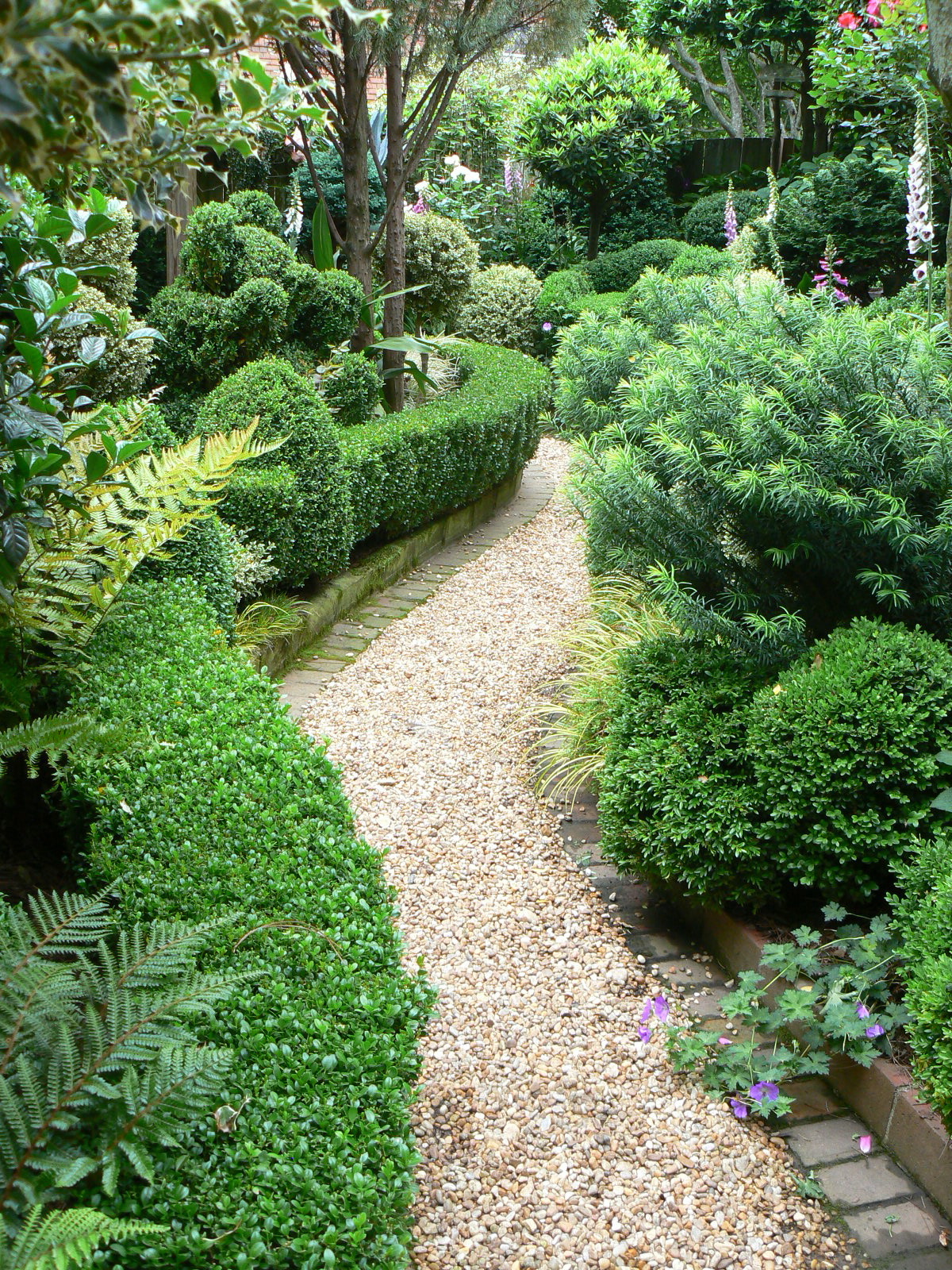 the garden: gravel paths and patios on Landscaping And Patios  id=56975