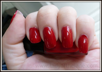 Lancome Vernis in Love Rouge in Love