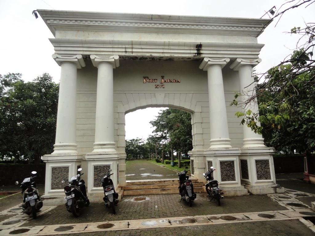 Pintu gerbang benteng VOC Jepara