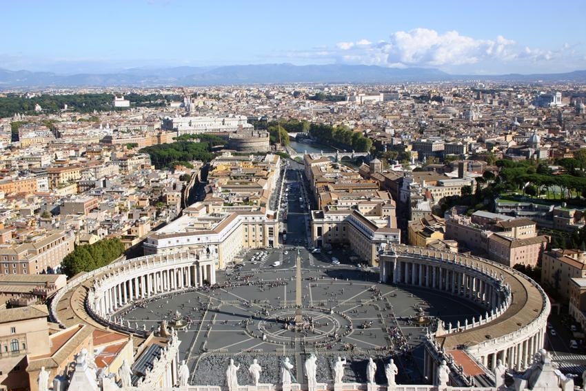 Widok z kopuły świętego Piotra.