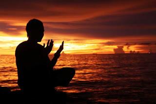 Image result for gambar orang berdoa