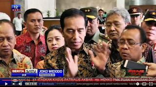 Presiden Jokowi menilai permintaan SBY itu merupakan sesuatu yang aneh