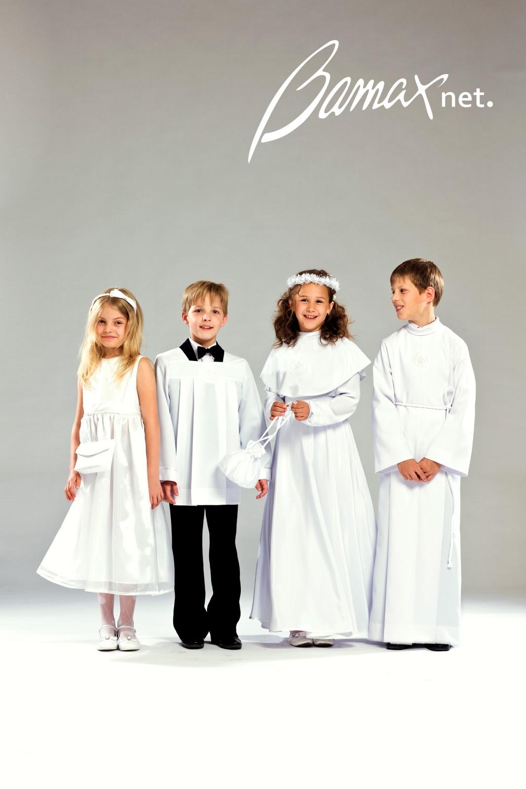 e788d86899 dziewczynka w krótkiej sukience komunijnej