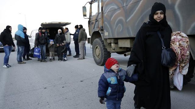 ΠΟΥ ΤΟ ΕΙΔΕΣ ?? ! Τόσκας στον Guardian για τις αυξανόμενες ροές μεταναστών στον Έβρο: «Όλα είναι υπό έλεγχο»