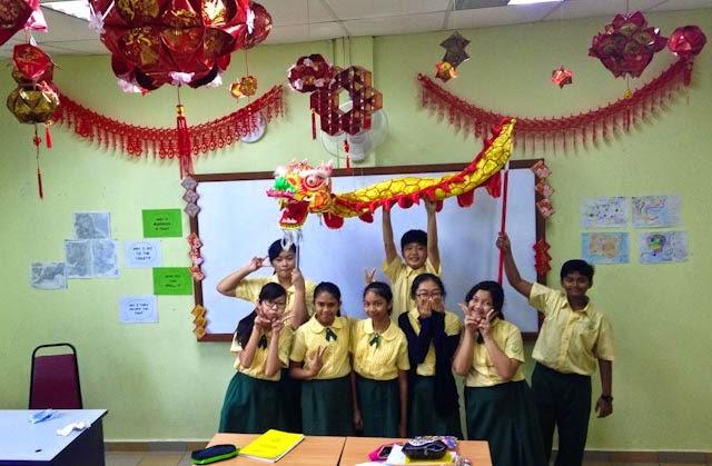 class decorations | Decoratingspecial.com