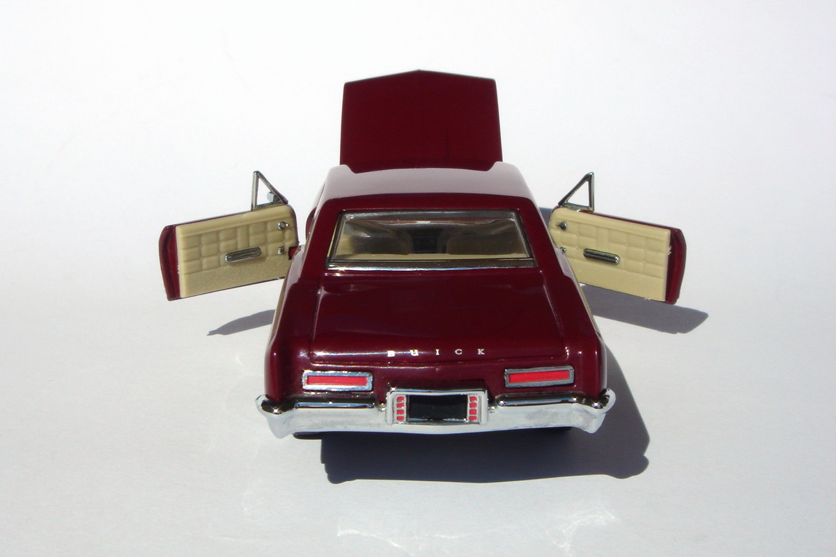American Icons 143 Collection 1963 Buick Riviera By Franklin Mint 1950s And 1960s I Have A Personal Relationship With This Model It Was One Of The First Three Mints Models In My Thanks To Him Discovered Magic