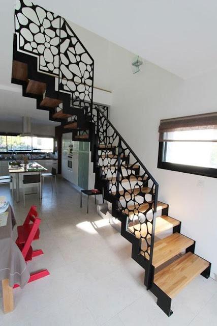 Cầu thang với tay vin trang trí sắt mỹ nghệ