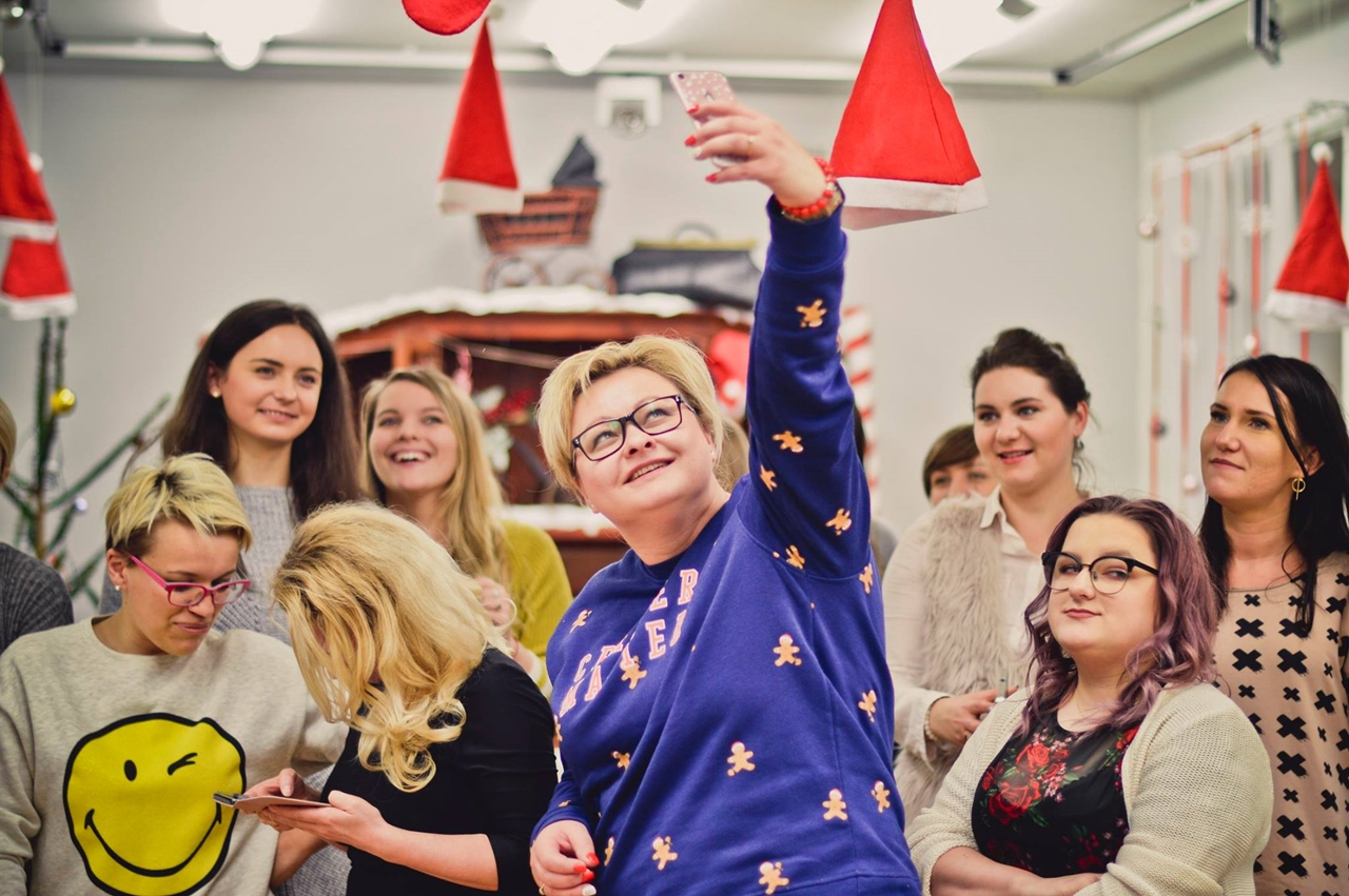 19 spotkanie blogerek mikołajki łódź 2017 akademia urody melodylaniella łódź blog beauty lifestyle fashion moda kulinaria instagram łódź influencer