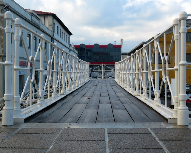 Perspective on a footbridge, Dogana d'acqua (Customs on the Water), Livorno