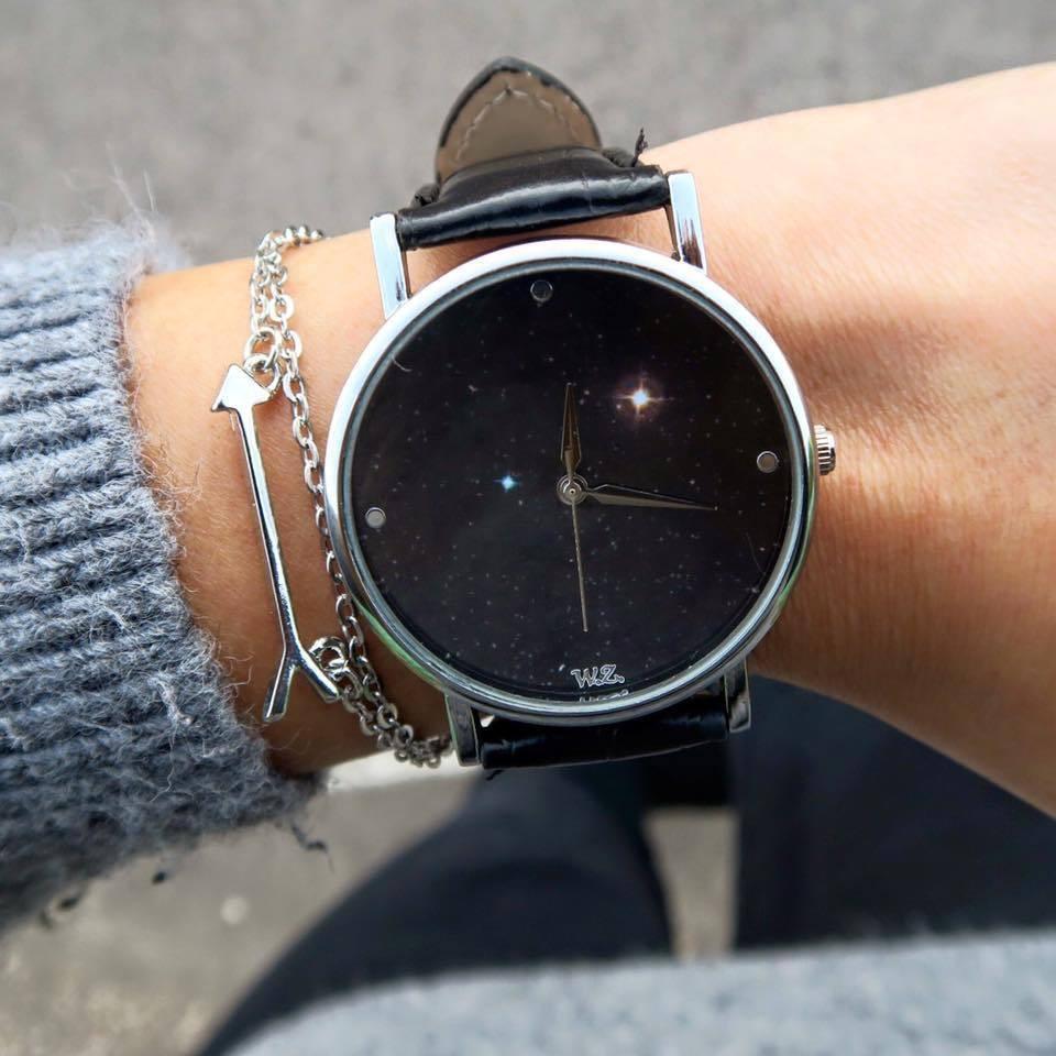Oltre agli orologi, Woodstock Zambon propone anche bracciali e collane.  Guardandoli viene voglia di collezionarli. Non sappiamo se sia solo merito  loro o