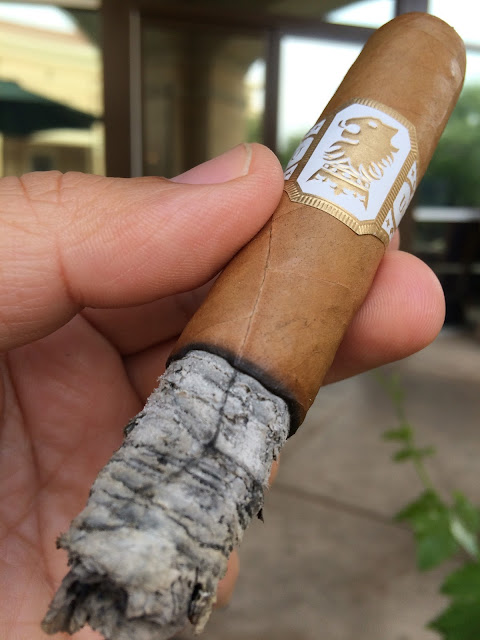 Drew Estate Undercrown Shade cigar 4