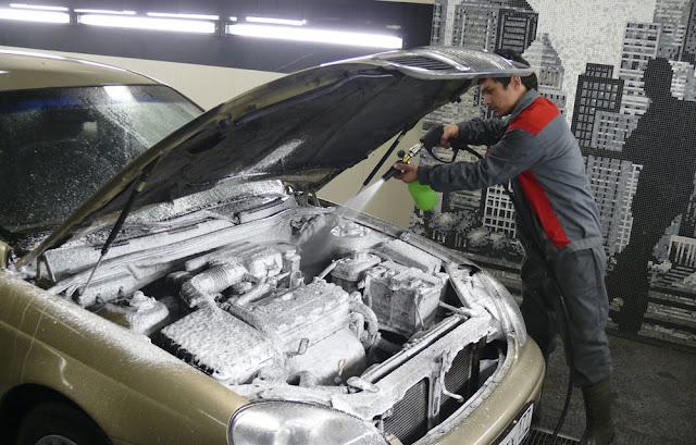 Мойка двигателя авто, о чем важно знать?