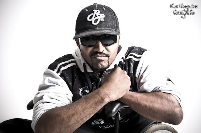 """O rapper MOYSÉS (ex A 286) conversou conosco e falou sobre seu álbum solo """"bRASIL dEFICIENTE"""""""