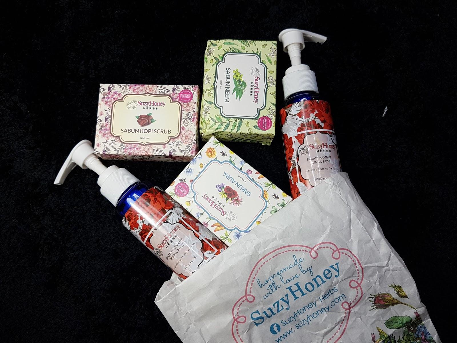 Suzy Honey Herbs Menghasilkan Homemade Cosmetics Dengan 100 Dari Sabun Rose Herbal Kalau Diikutkan Banyak Produk Keluaran Ini Ada Syampu Akar Kayu Masker Set Berpantang Teh Herba Dan Lain Lagi La