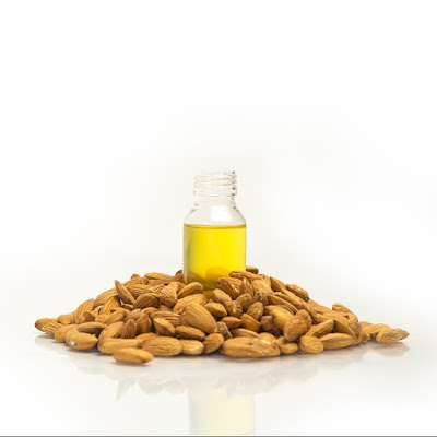 almond oil, vitamin e