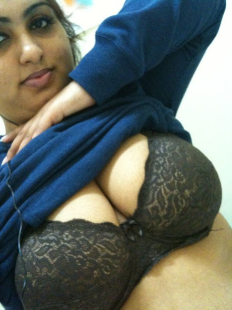 huge big breasted milky boobs mallu indian bhabhi