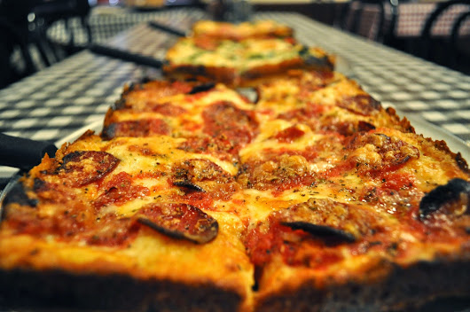 Eat It Detroit: [THRILLIST] DETROIT CHEFS RANK THE BEST DETROIT-STYLE DEEP DISH PIZZA