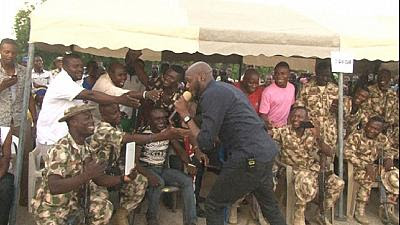 2 Baba Visits IDP, Blesses them With His Voice And Donations