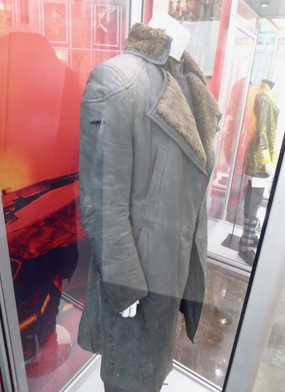 Blade Runner 2049 Officer K coat