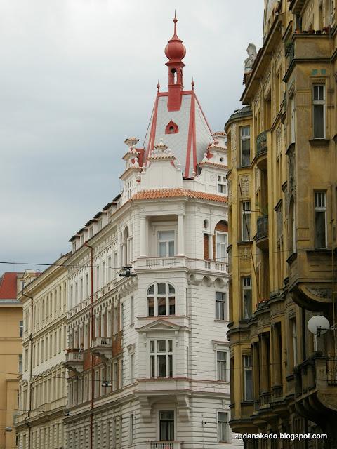 Praga - Ulica Pařížska