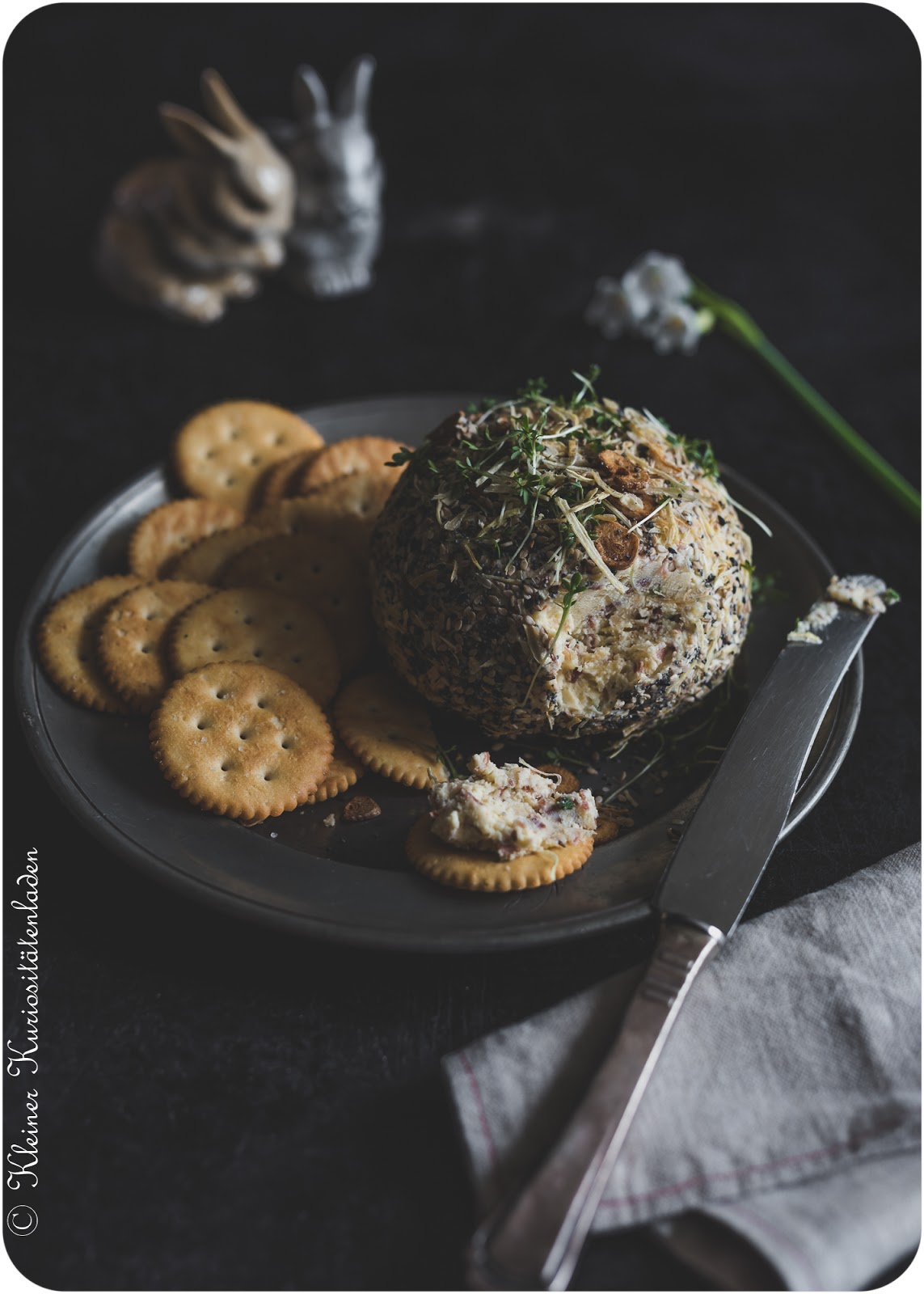 Cheddar Cheese Ball | Cheddar-Frischkäse-Ball