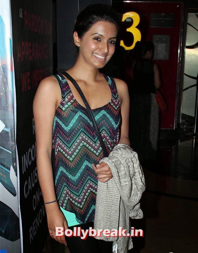 Geeta Basra, Richa Chadda & Geeta Basra Clicked at PVR Juhu