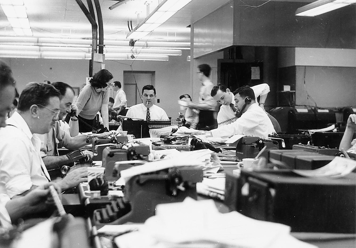 Harman Kardon Car Audio: Oz.Typewriter: Glorious Reality Of Typewriters In