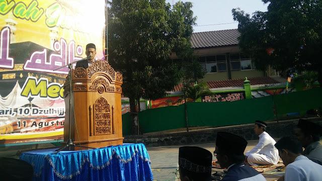 Pelaksanaan Shalat 'Idul Adha di Halaman SMP1 Sleman
