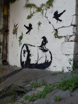 Raben und Ölfass | by Dav | Lyon