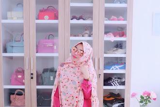 Tips-Tips Memilih dan Membeli Jilbab Syari Demi Penampilan yang Terbaik