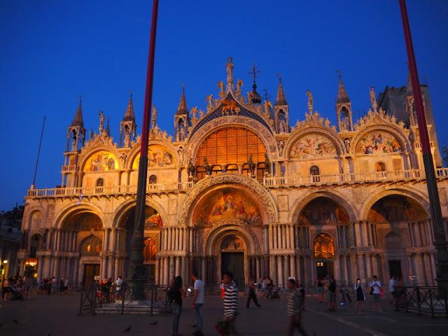 Bazilika Sv. Marka, náměstí Sv. Marka - Basilica San Marco,Piazza San Marco - Benátky v noci, Venezia at night