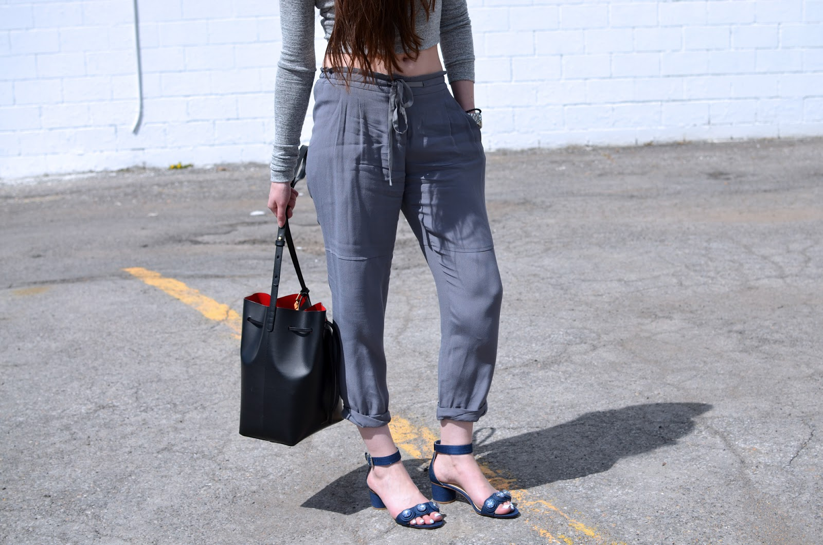 OOTD ft. Aritzia Wilfred Marais pants, Aritzia Georgia shirt, Mansur Gavriel bucket bag, and Zara jewelled sandals
