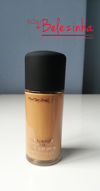 resenha-base-mac-studio-fix-fluid-nc40