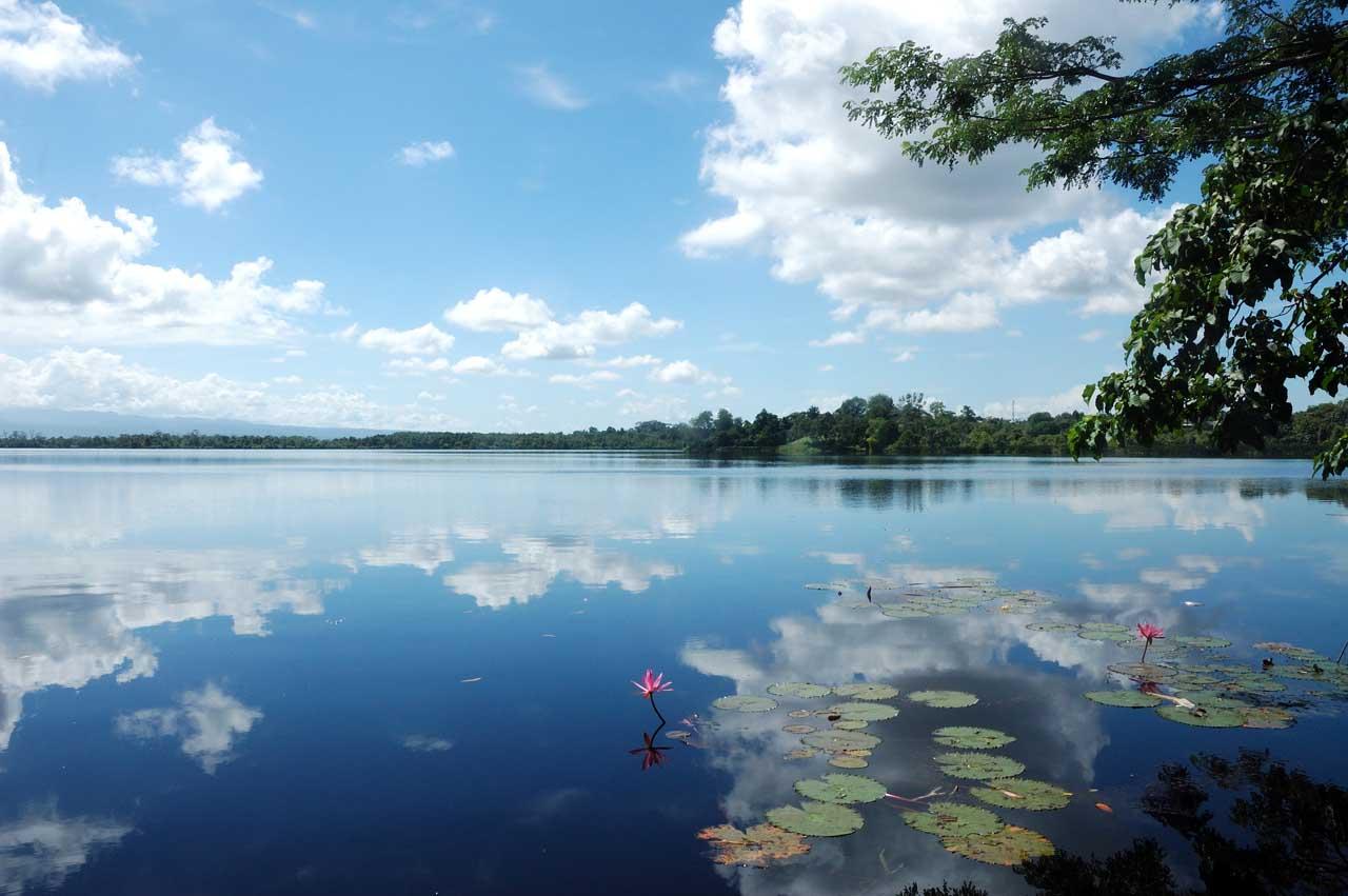 Danau Dendam Tak Sudah - Janoopedia