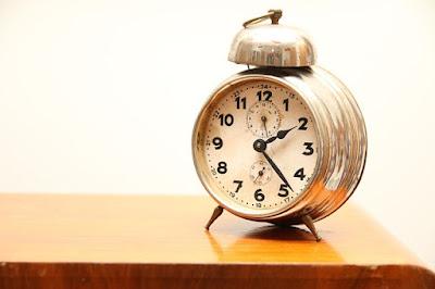 clock 865680 640
