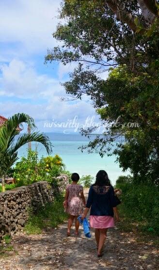 jalanan menuju pantai bara sulawesi selatan