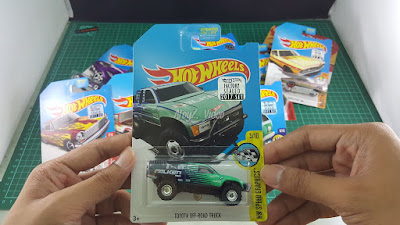 Hot Wheels Super Treasure Hunt Toyota Off-Road Truck