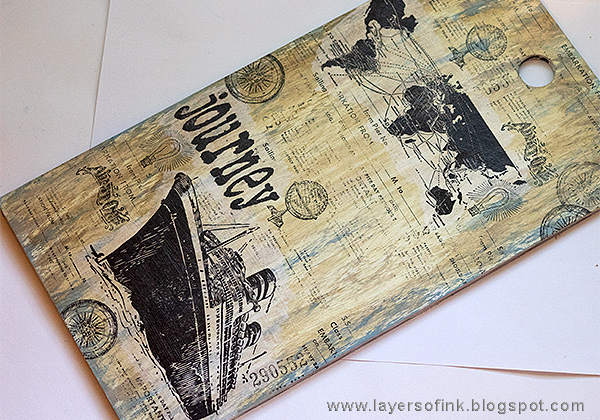 Layers of ink - Sea Journey Etcetera Tag Tutorial by Anna-Karin Evaldsson with Tim Holtz stamps