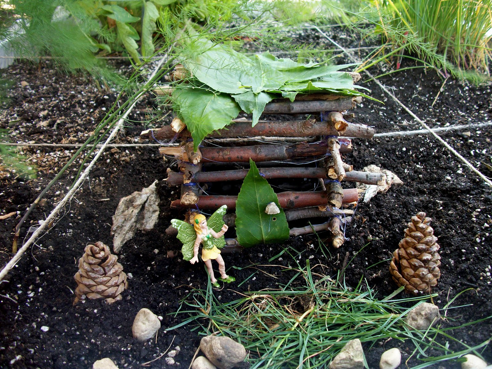 Large House Or You Can Each Make Your Own Don T Be Afraid To More Than One And If Have Time Create A Fairy Garden Around