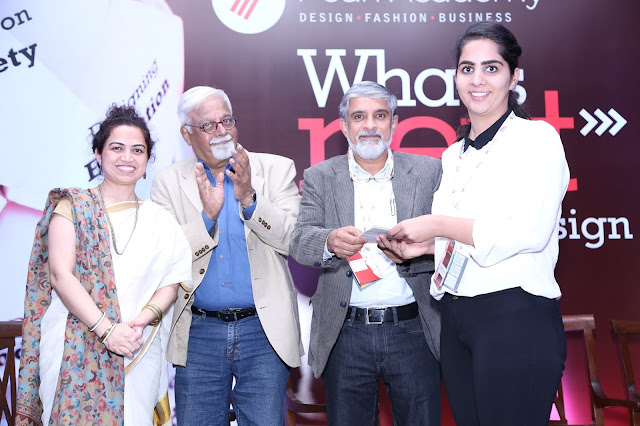 Pic 3 - Raminder Kochar receiving the award from the changemakers for student design pitch