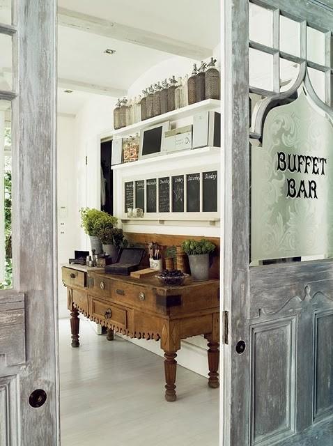 BUFFET+BAR