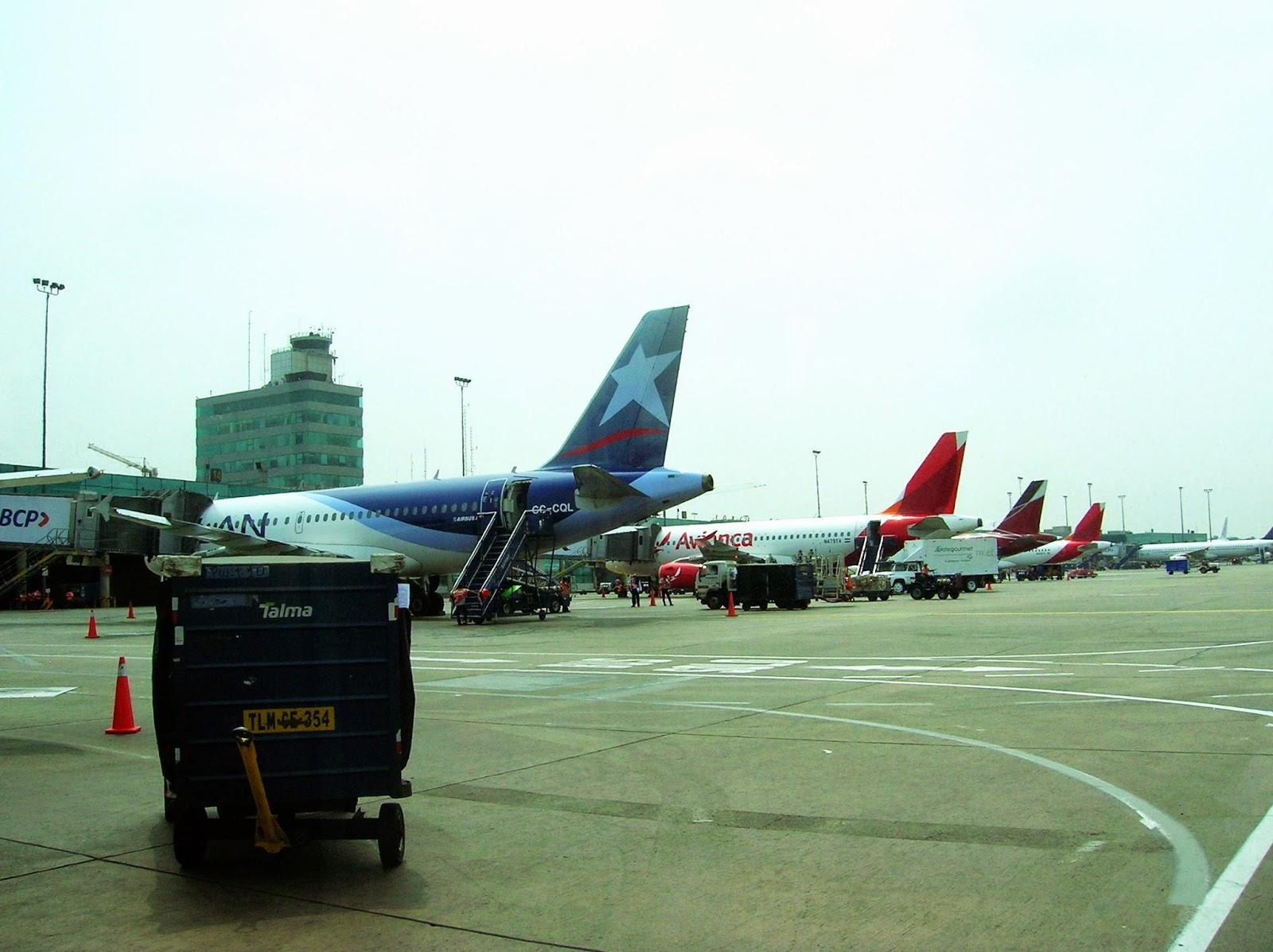 Aeropuerto Jorge Clavez, Lima, Perú, La vuelta al mundo de Asun y Ricardo, round the world, mundoporlibre.com